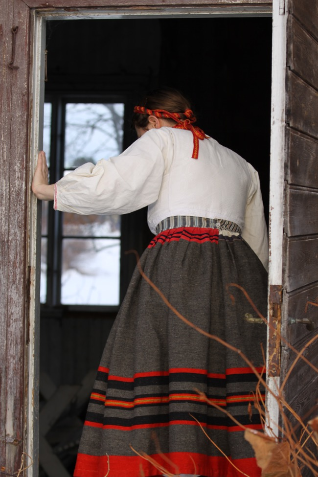 Photo: Lina Nääs, old skirt from Sollerön www.malinbohm.se
